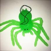 резиновая игрушка паук светонакопитель
