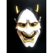 японская маска демона Ондеко (Кабуки)v
